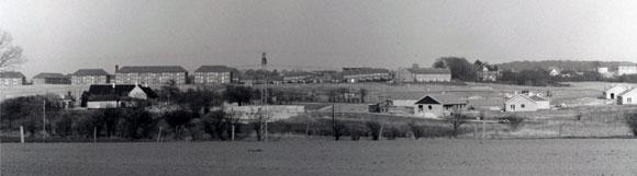 Foreningen omkring 1960 set fra Mortenstrupgaard - klik for større billede